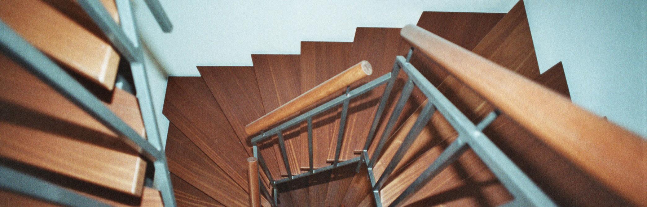 Treppenstufen Aus Holz. treppenstufen holz auf metall kleben. treppenstufen knarren was k nnen ...