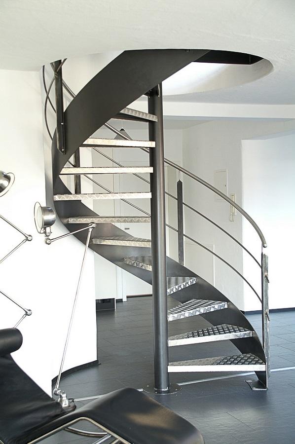 spindeltreppe treppenkompass teil 5 stadler blog. Black Bedroom Furniture Sets. Home Design Ideas
