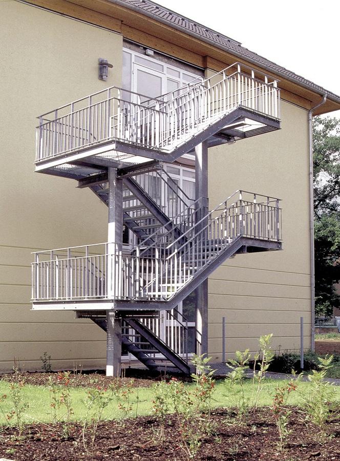 das passende treppengel nder f r au en stadler blog. Black Bedroom Furniture Sets. Home Design Ideas
