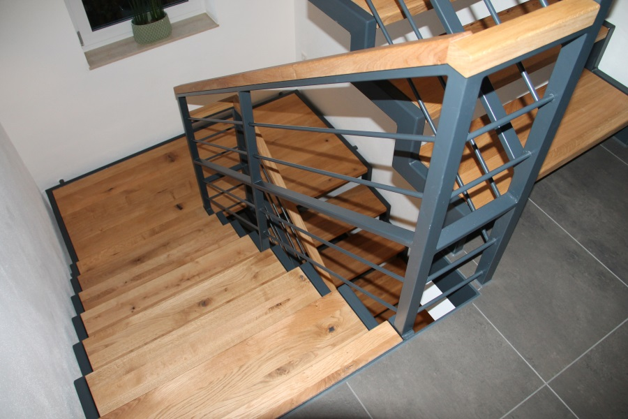Treppe Im Einfamilienhaus Tipps Von Stadlertreppen